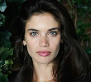 Sara Sampaio Height, Weight, Age, Measurements, Net Worth, Wiki