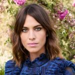 Alexa Chung Height, Weight, Measurements, Bra Size, Age, Wiki, Bio