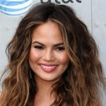 Chrissy Teigen Height, Weight, Measurements, Bra Size, Age, Wiki, Bio