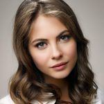 Willa Holland Height, Weight, Measurements, Bra Size, Age, Wiki, Bio