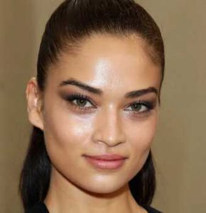 Shanina Shaik Height, Weight, Age, Measurements, Net Worth, Wiki