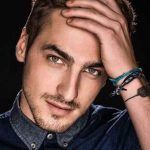 Kendall Schmidt Height, Weight, Measurements, Age, Wiki, Bio, Family