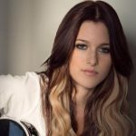 Cassadee Pope Height, Weight, Measurements, Bra Size, Age, Wiki, Bio