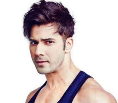 Varun Dhawan Height, Weight, Age, Wiki, Biography, Girlfriend, Family