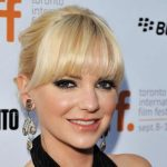 Anna Faris Height, Weight, Body Measurements, Biography