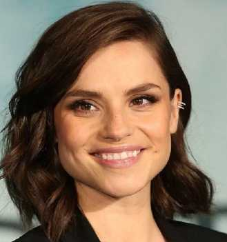 Charlotte Riley Height, Weight, Age, Measurements, Net Worth, Wiki, Bio