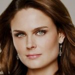 Emily Deschanel Height, Weight, Body Measurements, Biography