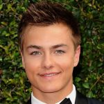 Peyton Meyer Height, Weight, Measurements, Shoe Size, Age, Wiki, Bio