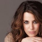Alanna Ubach Height, Weight, Body Measurements, Biography