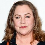 Kathleen Turner Measurements, Height, Weight, Biography, Wiki