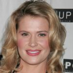 Kristy Swanson Height, Weight, Measurements, Bra Size, Age, Wiki, Bio