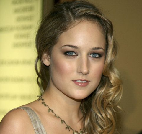 Leelee Sobieski Height, Weight, Measurements, Bra Size, Bio, Age, Wiki