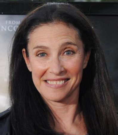 Mimi Rogers Height, Weight, Measurements, Bra Size, Bio, Age, Wiki