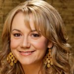 Megyn Price Height, Weight, Body Measurements, Biography