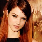Alexis Knapp Fan Mail Address, Contact Address, Phone Number, Email Id