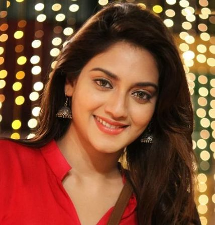 Nusrat Jahan Height Weight Measurements Age Wiki Biography Family