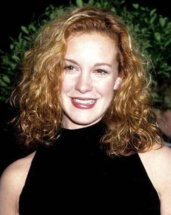 Elizabeth Perkins Phone Number, House Address, Email Id, Contact Address
