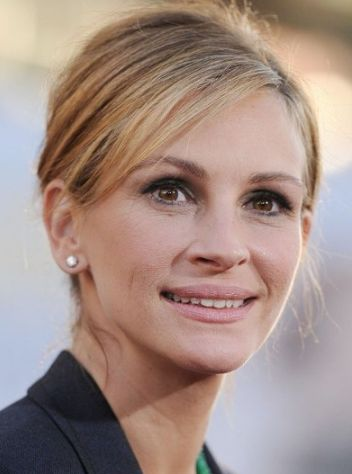 Julia Roberts Phone Number, House Address, Email Id, Contact Address