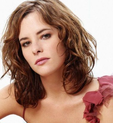 Parker Posey Phone Number, House Address, Email Id, Contact Address
