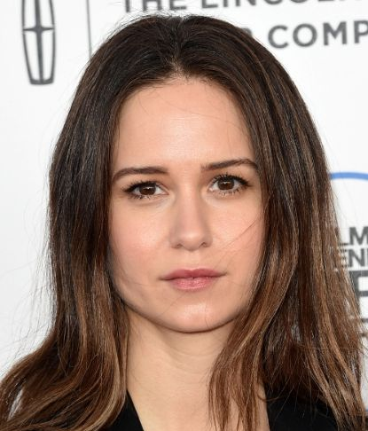 Katherine Waterston Contact Address, Phone Number, House Address, Email ID