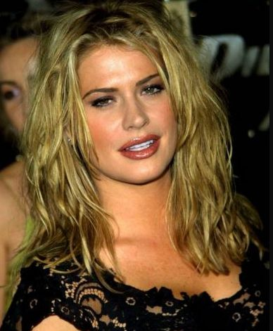 Kristy Swanson Contact Address, Phone Number, House Address, Email ID