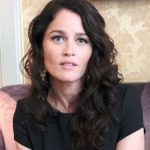 Robin Tunney Contact Address, Phone Number, House Address, Email ID