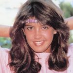 Phoebe Cates Height, Weight, Measurements, Bra Size, Biography