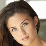 Susan Ward Height, Weight, Measurements, Bra Size, Shoe Size, Bio