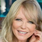Cheryl Tiegs Height, Weight, Measurements, Bra Size, Shoe, Biography