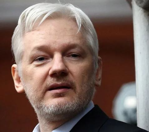 Julian Assange Body Measurements, Height, Weight, Age, Wiki, Net Worth
