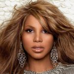 Toni Braxton Height, Weight, Measurements, Bra Size, Shoe, Biography
