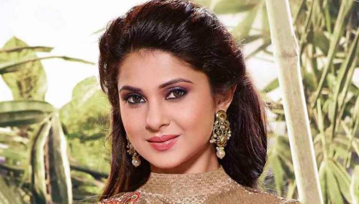 Jennifer Winget Measurements, Height, Weight, Biography, Wiki