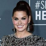 Debra Messing Height, Weight, Measurements, Bra Size, Shoe, Age, Wiki