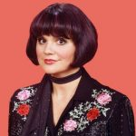 Linda Ronstadt Height, Weight, Measurements, Bra Size, Age, Wiki, Bio