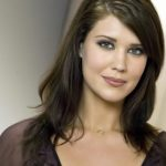 Sarah Lancaster Height, Weight, Measurements, Bra Size, Shoe, Biography