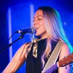 Colbie Caillat Height, Weight, Measurements, Bra Size, Age, Wiki, Bio