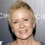 Eve Plumb Height, Weight, Measurements, Bra Size, Shoe, Age, Wiki, Bio