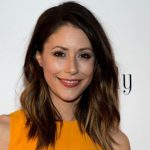 Amanda Crew Height, Weight, Measurements, Bra Size, Age, Wiki, Bio