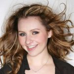 Beverley Mitchell Height, Weight, Measurements, Bra Size, Age, Wiki, Bio