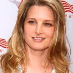 Bridget Fonda Height, Weight, Measurements, Bra Size, Shoe Size, Bio, Wiki