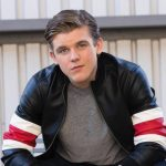 Sean Ryan Fox Height, Weight, Measurements, Shoe Size, Wiki, Biography