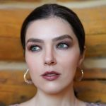 Adrianne Curry Height, Weight, Measurements, Bra Size, Shoe, Biography